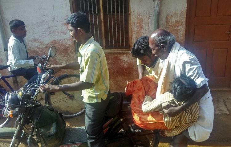 No doctors no ambulance Girl dies in Karnataka village family blames govt hospital