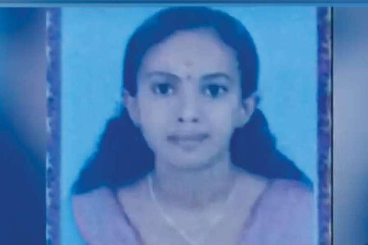 Shed become like a skeleton Family of Kerala woman starved to death in deep shock