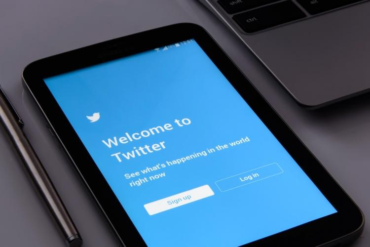 Twitter login page open on a tablet