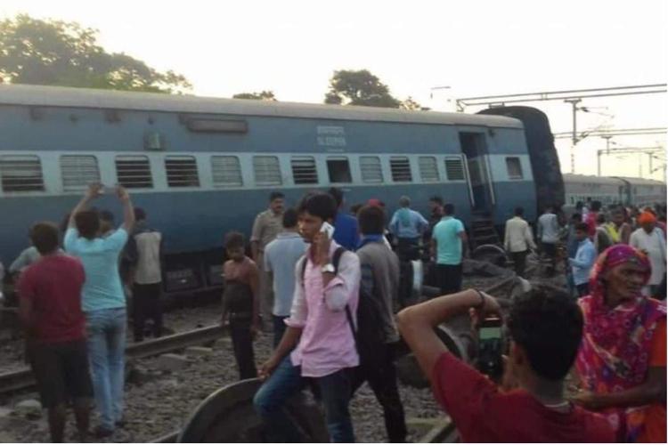 Six killed after train derails in Uttar Pradeshs Rae Bareli