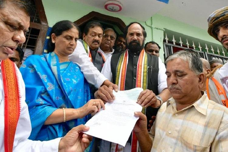 Telangana Congress chief visits Bidar lynch victims kin AIMIM also extends help