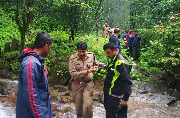 Uttara Kannada police officers who went missing in a forest return safely