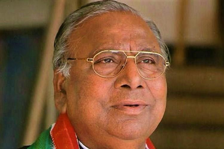 Senior Congress leader V Hanumantha Rao