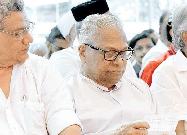 VS Achutanandan breaks silence denies he demanded prominent position in party