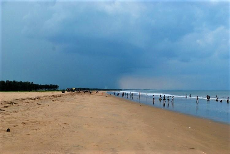 German national robbed assaulted at beach in AP five arrested