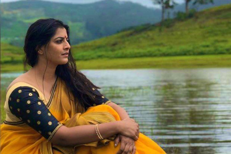 Actor Varalaxmi slams Vishal for Nadigar Sangam polls video defaming her dad