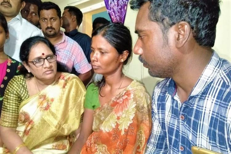 Andhra Womens panel chief meets family of 5-yr-old who was murdered assures action