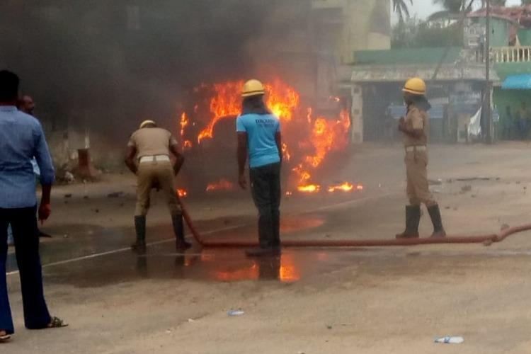 Caste clashes in TNs Vedaranyam Car torched Ambedkar statue vandalised over 50 held