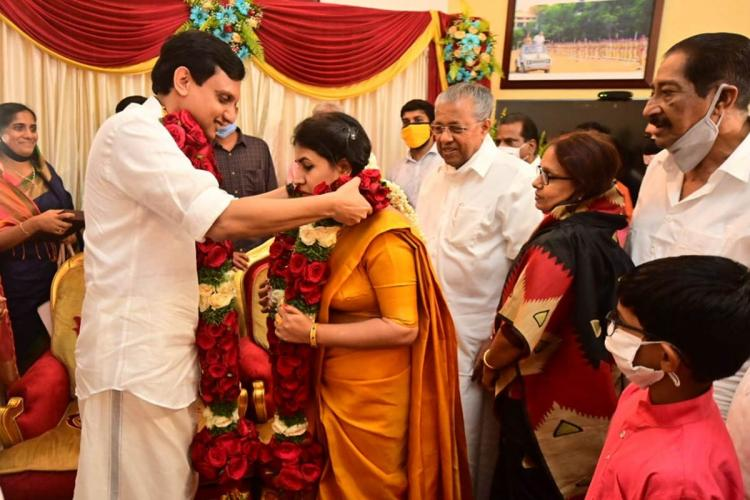 Kerala CMs daughter entrepreneur Veena and DFYI leader Muhammad Riyas married at small ceremony held at cliff house in thiruvananthapuram
