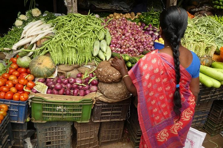 Vegetable prices see 60.5% jump; retail inflation breaches MPC target band
