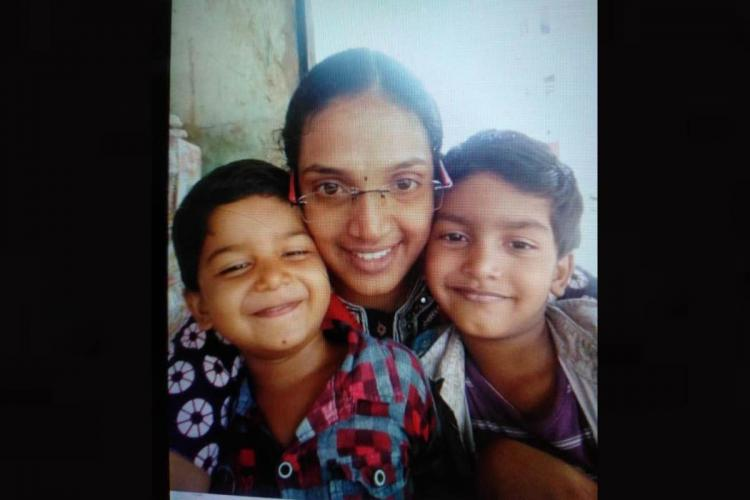 Vellore Woman with two children
