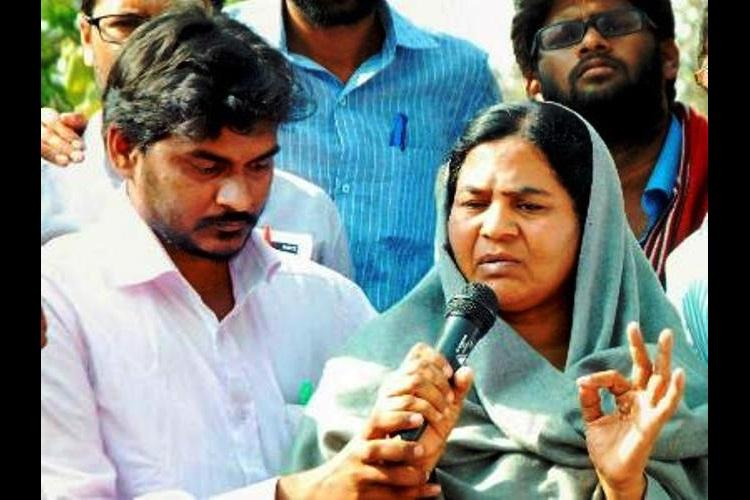 Rohith Vemulas mother brother to undertake Dalit Rath Yatra across Telangana and Andhra