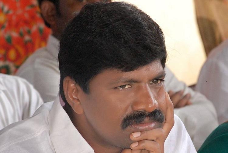 Congress leaders murder in Nalgonda TRS MLA hits back police arrest 3 more