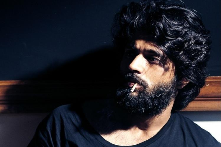 Faced with sanskari questions on Arjun Reddy actor takes potshot at anchor