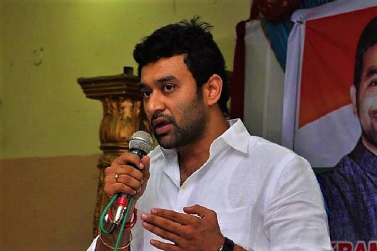 Hyderabad firing Congress leader Vikram Goud narrates his version police unconvinced