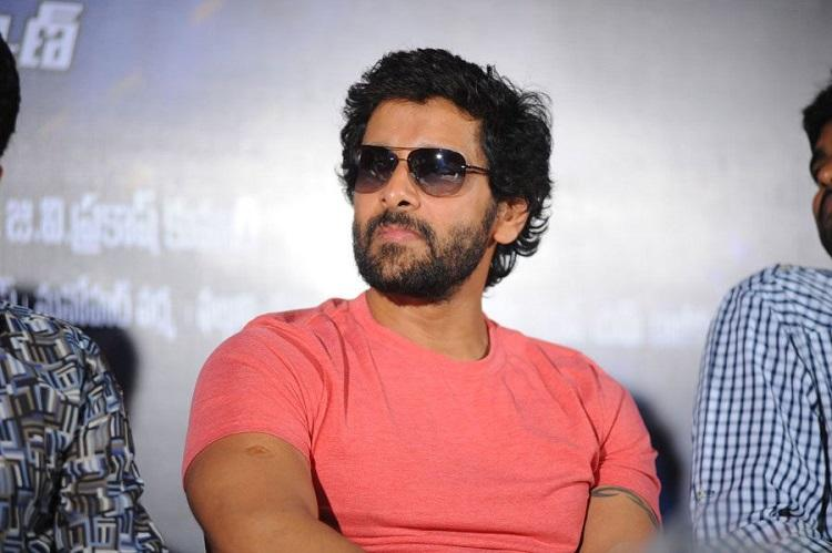 Vikram keen to do a non-bilingual Telugu film