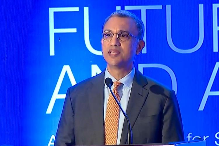GoAir appoints former Jet Airways chief Vinay Dube as CEO