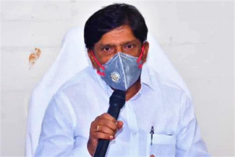 Telangana State Planning Board Vice Chairman B Vinod Kumar addresses a meeting
