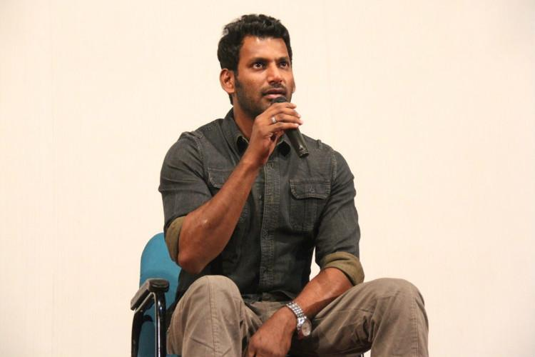 Vishal refuses to apologize plans to contest in Producers Council election