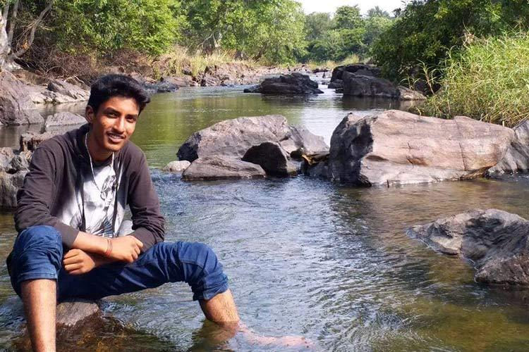 17-yr-old Bengaluru student drowns during college trip parents accuse professor of negligence