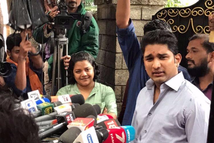 Sasikalas nephew Vivek to Jaya death probe panel Did not see Jaya during treatment