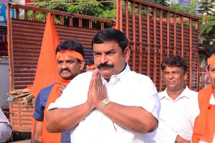 Replace Governor Narasimhan for favouring Telangana says Andhra BJP leader