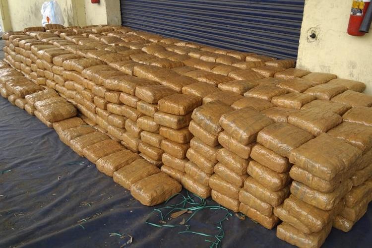 1638 kg of ganja worth Rs 245 crore seized in Visakhapatnam DRI arrests 4