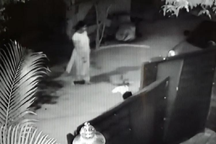 CCTV footage shows residents fainting after the Visakhapatnam gas leak