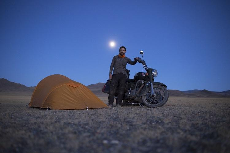 Around the world on a Royal Enfield After 12 countries daring photojournalist now in India