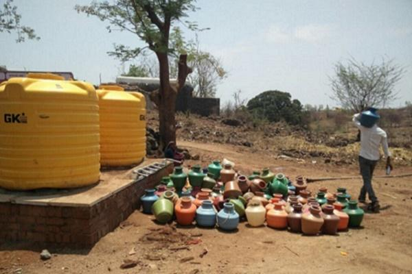 The great Indian water crisis 300 districts in 13 states are going thirsty
