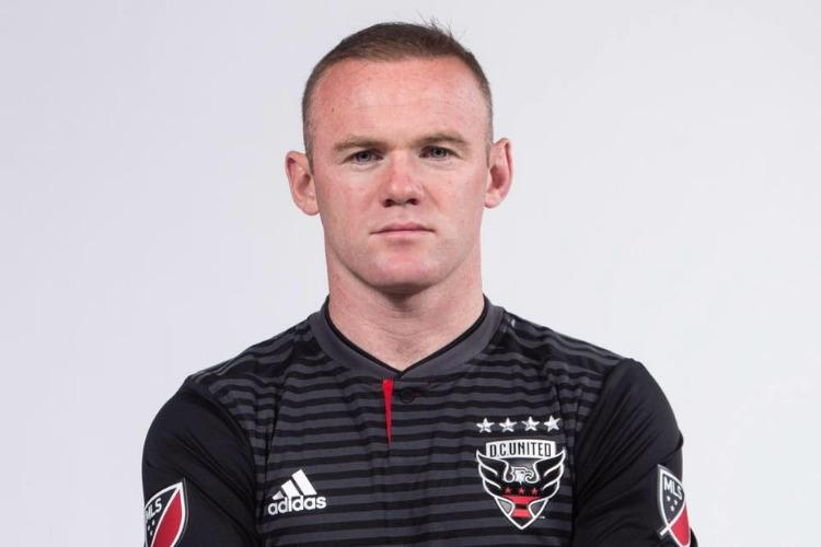 Wayne Rooney arrested fined for public intoxication swearing