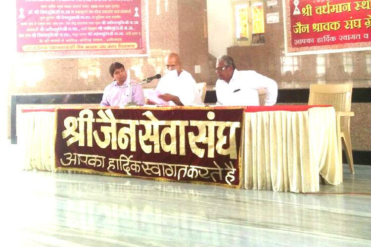 Hyderabad Jain leaders defend Aradhanas family slam activists for interference
