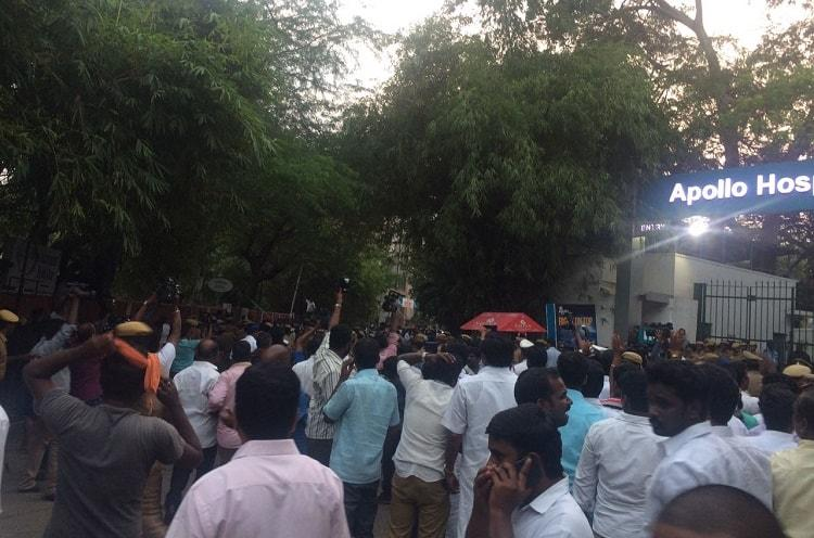 Major commotion outside Apollo Hospital following TV reports