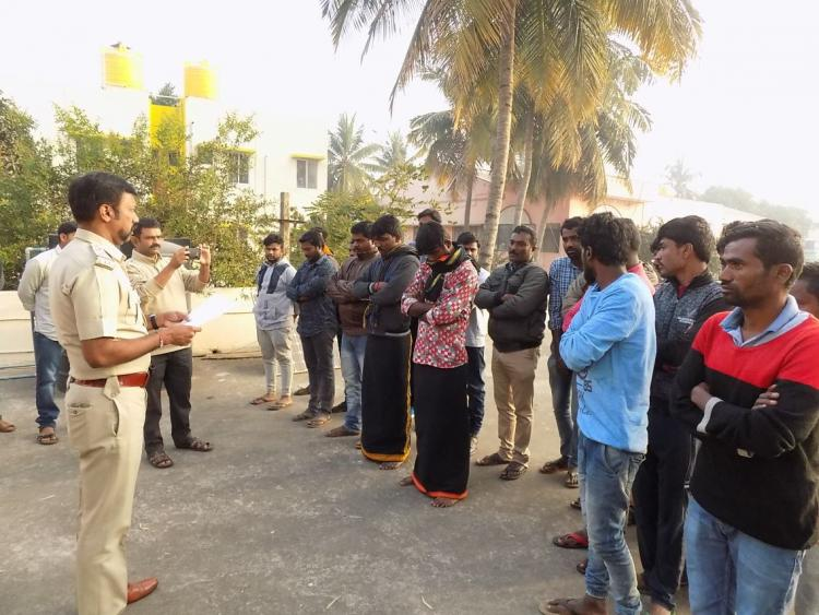Bluru cops give rowdy-sheeters sapling book and a thread for positive growth