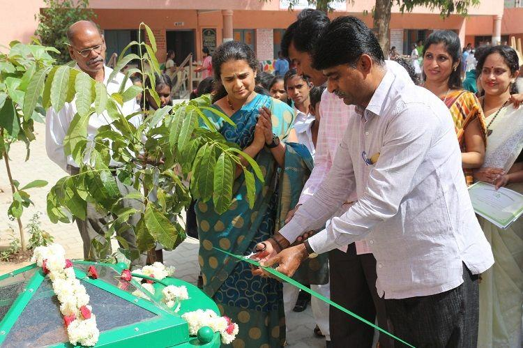 Practical lessons to manage waste Bluru NGO installs solar composter at govt school