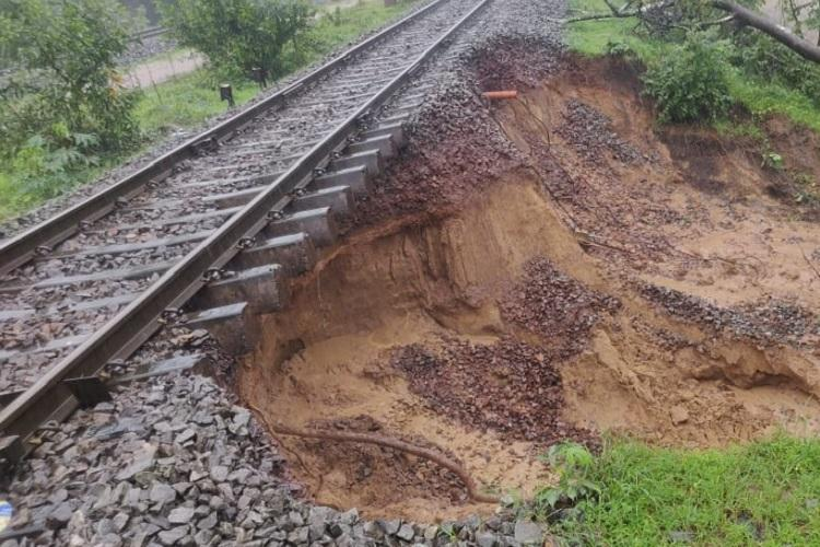 Heavy rains in Karnataka Full list of trains and routes affected
