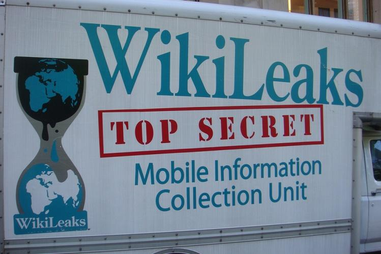 Smartphones hacked Smart TVs used as bugs for CIA Wikileaks