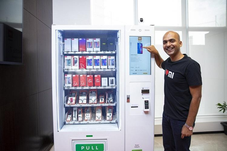 Xiaomi unveils smartphone vending machine Mi Express Kiosk in India