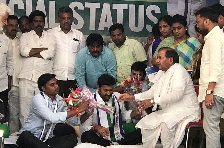 Andhra special status Sharad Yadav backs YSRCP as third fasting MP hospitalised