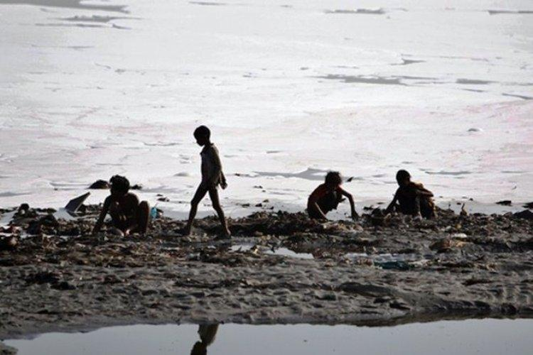 Could bio-toilets solve Indias sanitation problems and save the Yamuna river