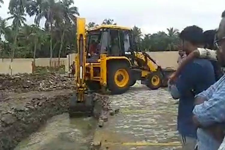 After Yusuffalis mall blocks drainage in Kerala village residents force action