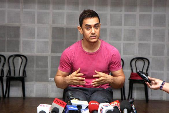 Was born here and will die here says Aamir after Akshay slams him on intolerance remarks