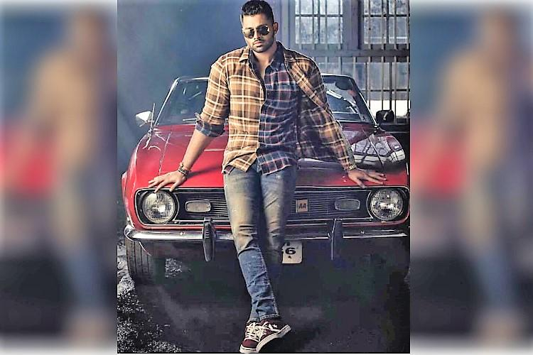 Shooting starts for Abhisheks debut film Amar