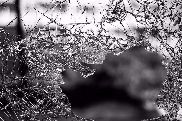 Unnao rape survivor critical her aunts dead in car crash in UP