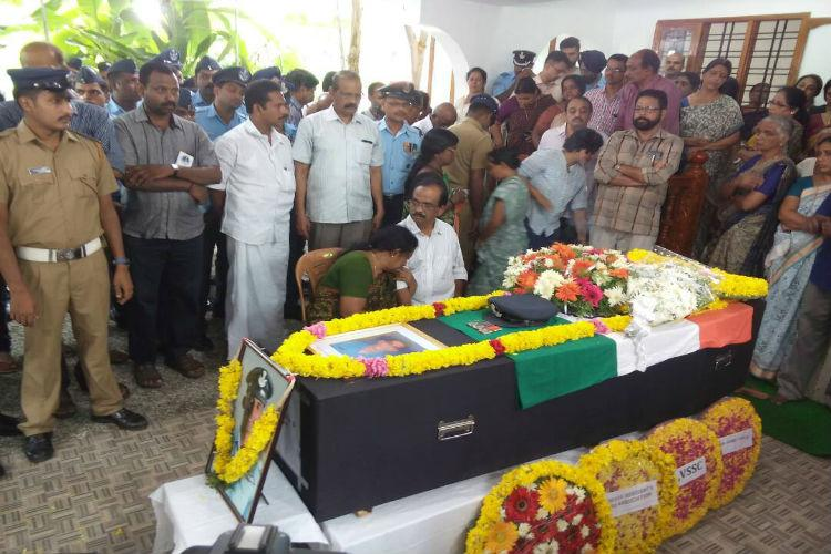 Mortal remains of Kerala IAF pilot killed in Sukhoi jet crash brought home