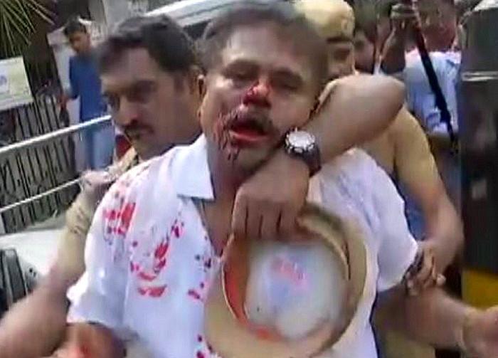 Sasikala vs Sasikala in AIADMK turns violent MPs husband and lawyer bashed up at HQ