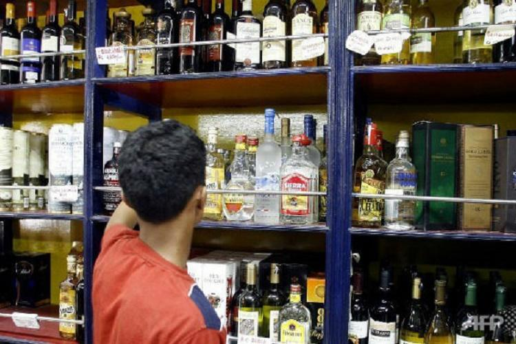 Demonetization hits liquor sales in Kerala