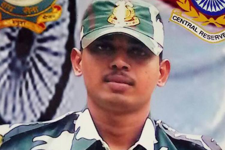 His elder son was killed in Maoist encounter but TN man is still sending younger son to army