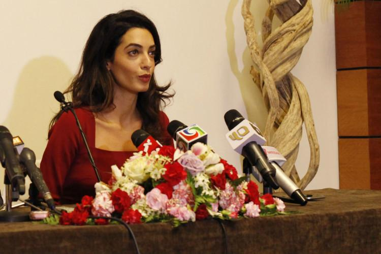 Amal Clooney spoke against ISIS at the UN, but it was her baby bump