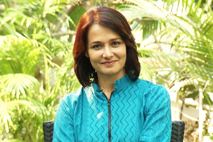 Amala makes comeback to Malayalam films after 25 years